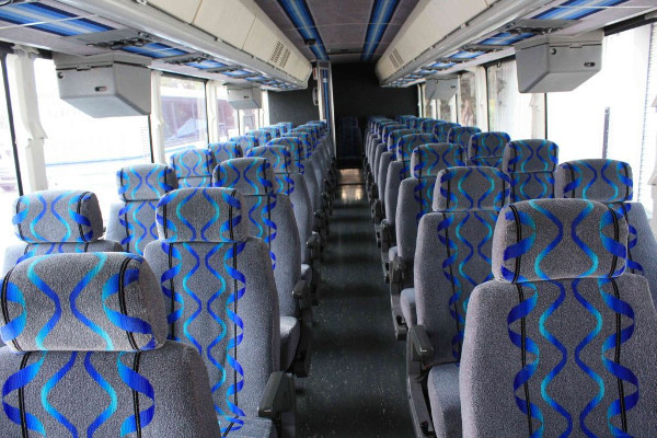 30 Person Shuttle Bus Rental Omaha